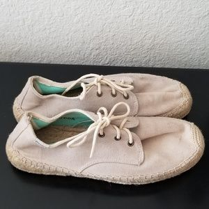 Women's Soludos Lace Up Shoes Size 9